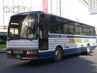 秋田200か10-05フロント