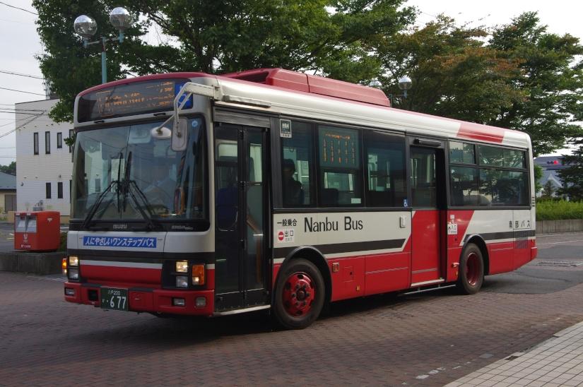 [南部バス]八戸200か・677