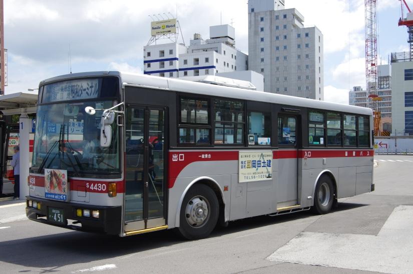 [函館バス]函館200か・451