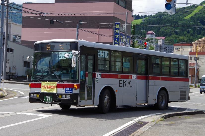[越後交通]長岡200か・751